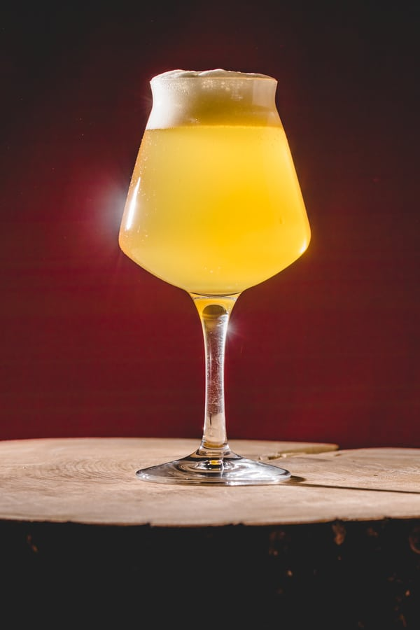 What Does Lambic Taste Like