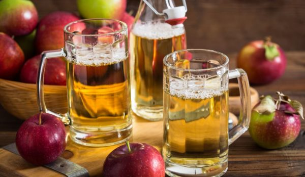 10 Easy Steps to Make Hard Cider