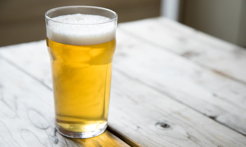 15 Best Light Beer Brands You May Like to Drink