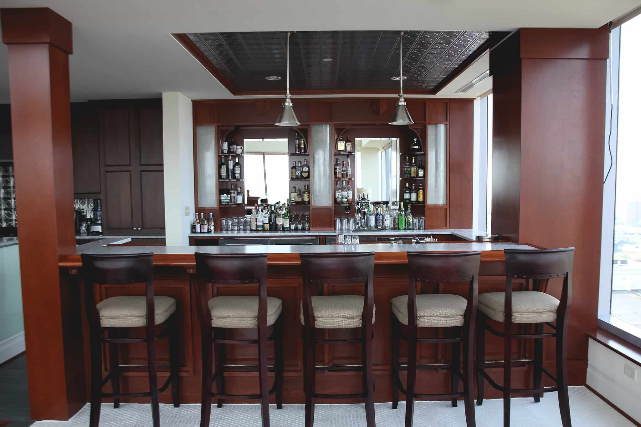 5 Easy Steps For Planning Your Home Bar