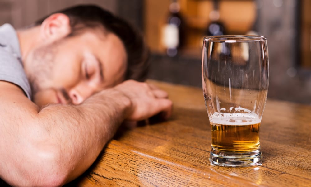 8 Tips to Get Drunk Fast With Beer