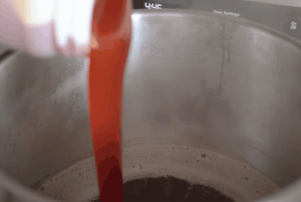 Add malt to the wort