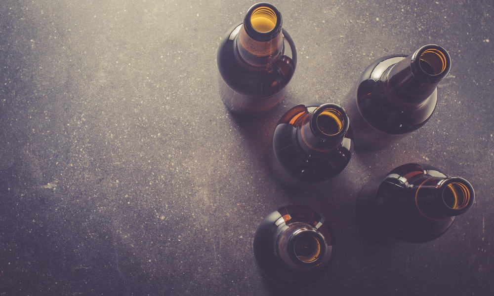 How to Clean Beer Bottles (Tips & Guides)