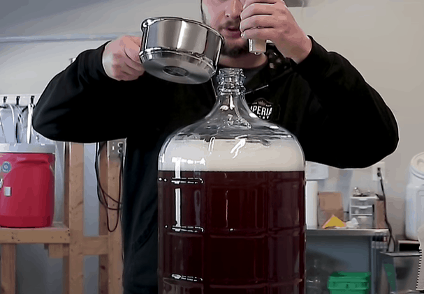 Mix the Apple Juice with the Wort