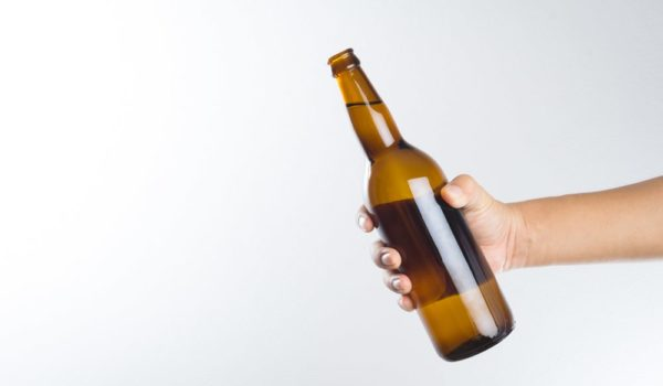 6 Ways to Remove Beer Bottle Labels