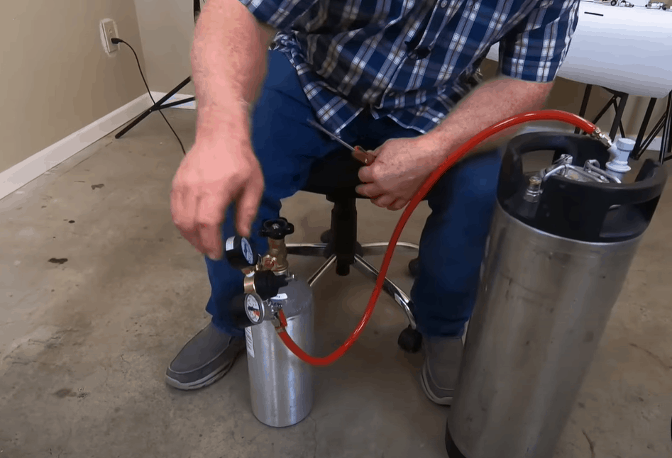 Connect the gas to the liquid tube