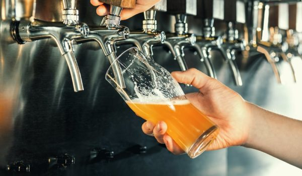 How Long Does It Take to Brew Beer? (Extact Time for Every Step)