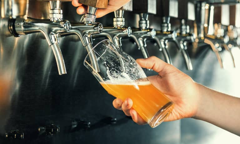 How Long Does It Take to Brew Beer (Extact Time for Every Step)