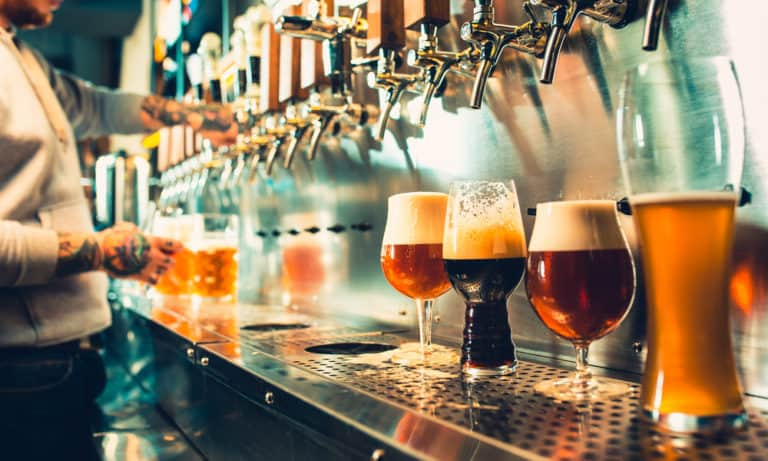 What Is Craft Beer (Characteristics, History & Types)